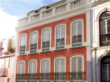 3 bedroom apartment in Lapa with private elevator, Lisbon