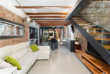 Exclusive Duplex with Patio and Terrace in Poblenou