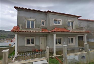 Excelente Moradia T4 em, Vila Franca de Xira