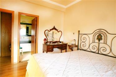 Appartement Duplex de 6 chambres en Alenquer