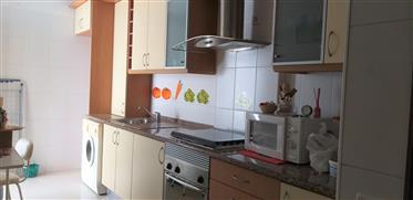 Apartamento T1 no centro de Alhandra
