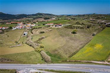 Terreno p/ empreendimento turístico com 35.000 m2 em Pero Negro