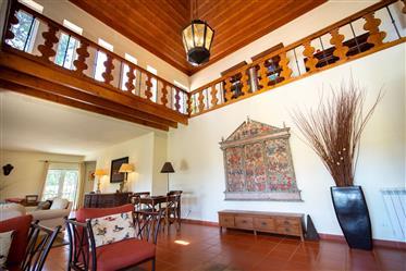 Magnifique villa de 6 chambres à Colares
