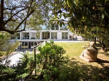 Luxury T5 Modern House (Intelligent House Management System)