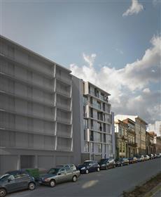 Apartamento T1+1 em construção no centro do Porto - prédio e...