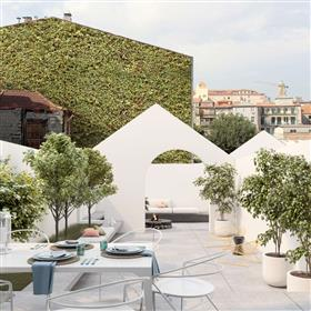 Apartamento T0+1 na baixa do Porto - Clérigos, com terraço 129m2