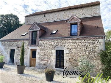 Moulin (1610) restauré 174 m² hab/4 chbres/4 salles eau priv...
