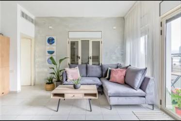 Kerem hatemanim - Dans un immeuble spécial Bauhaus Bel appartement orienté sud-ouest