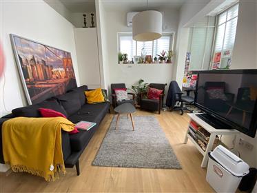 Magnifique appartement situé idéalement rue Dizingoff