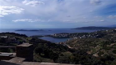 Ημιτελής οικία με θέα θάλασσα