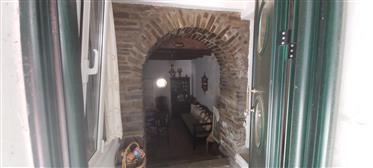Σπίτι στην Άνδρο, χωριό Μεσαθούρι