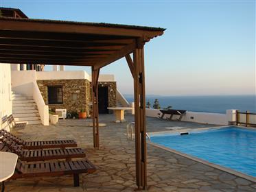 Μονοκατοικία με υπέροχη θέα θάλασσα και ηλιοβασίλεμα