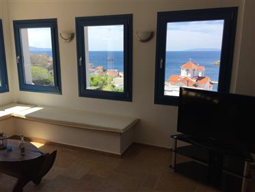 Διαμέρισμα με θέα το Μπατσί
