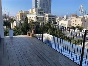New Duplex Penthouse With Privet Pool On The Roof!