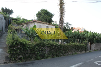 Casa para restaurar de Funchal en la isla de Madeira. €750.0...