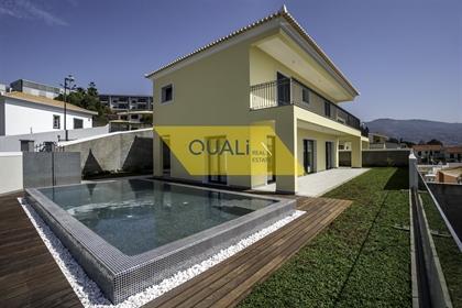 Fantastique Villa de Luxe 3 Chambres - Funchal - Madère - € 1.760.000,00