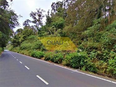 410 m2 Land In Santa Cruz gelegen 31.000,00 € Madeira Island.