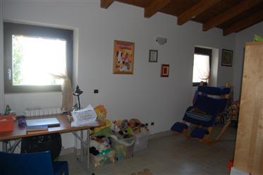 Vivenda: 294 m²