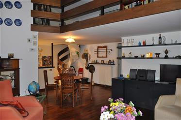 Apartamento: 85 m²