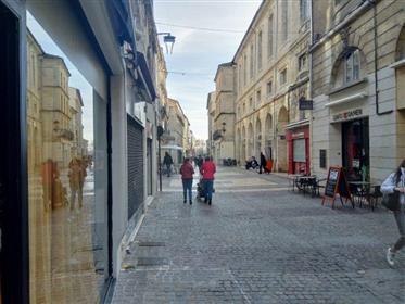 Fonds de commerce restaurant centre Avignon