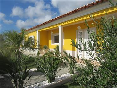 Traditional Villa Between City, Countryside And The Beach
