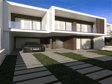Excellentes Maisons Contemporaines En Construction