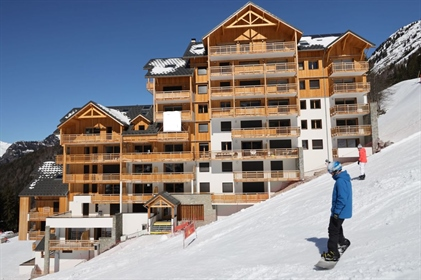 2 double bedroom slope side ski in and out apartments recently completed and Ready To Move In ! (A)