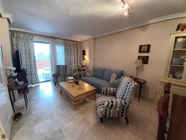 Precioso apartamento situado en la urbanización Playa Galera, junto a la playa Calabajio, la única p