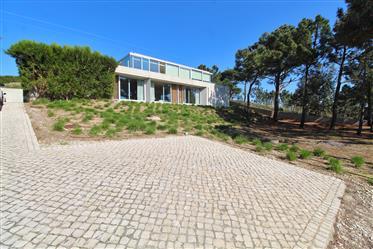 Cristal House 80km from Lisbon!!!