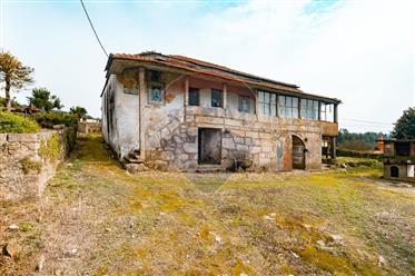 Quinta na Folgosa with 2343 m2