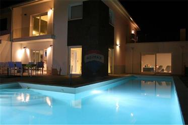 Luxury Villa with Swimming Pool with Local Accommodation