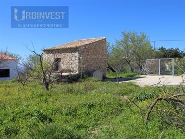 Terreno com ruína e Vista Mar em Boliqueime, Algarve