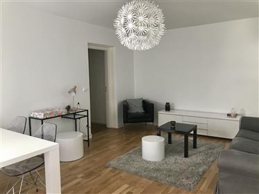 Bordeaux centre, appartement T3, balcon, parking, ascenseur