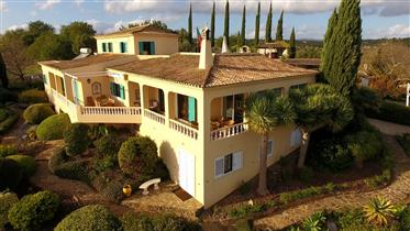 Villa with 8 bedrooms and panoramic sea views