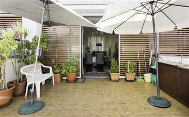4 bedrooms duplex apartment