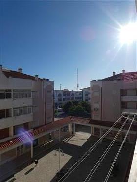 Majestoso Apartamento T3 - Vila Real de Santo Antonio
