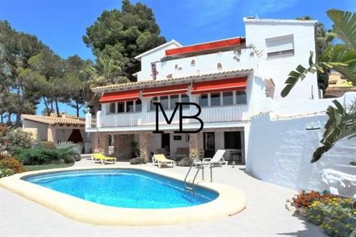 Villa vue mer en vente à Pla del Mar, Moraira
