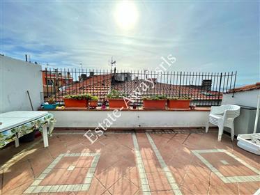 Appartamento con grande terrazzo in vendita a Bordighera.