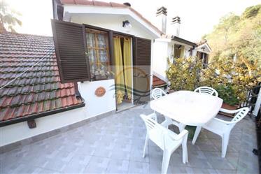 Appartamento in villa in vendita a Camporosso con vista mare...