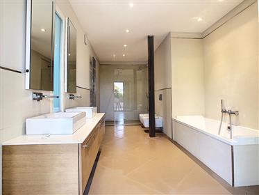 Roquebrune-Cap-Martin, beautiful modern villa