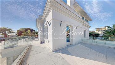 Antibes, Art Deco villa