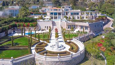 Magnificent property in Cannes of 1000m2 on 5500 of land