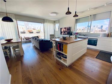Bel appartement dans un immeuble renove