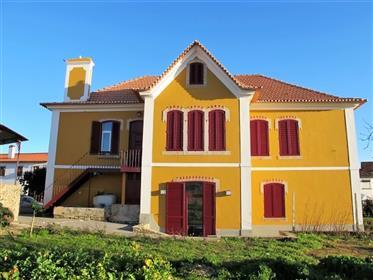 Casa Senhorial totalmente restaurada + 2 casas dentro da vila e junta à baragem do Cabril