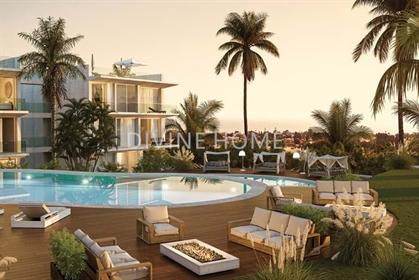 Apartamentos de luxo T1 num novo High End Beach Resort no Ca...