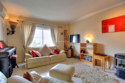 Apartamento: 107 m²