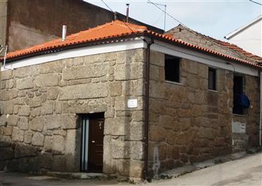 Haus T2 restauriert in Pedra