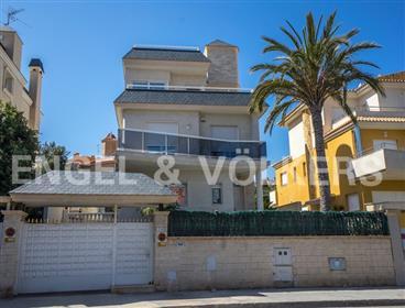 Elegant Villa In The Heart Of Cabo Huertas