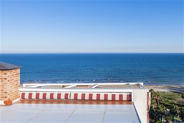 Penthouse spectaculaire face à la mer avec vue sur la mer en...
