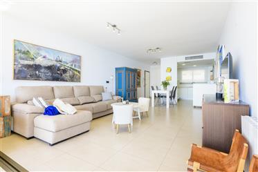 Espectacular apartamento con vistas al Mar a 5 minutos del Hotel Voramar en Benicassim